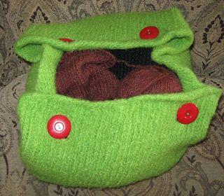 Apple green purse 2