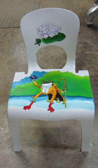 Frog chair 2