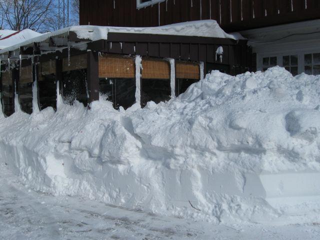 Buried porch