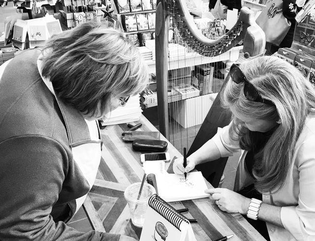 Book signing Anne Morse-Hambrock