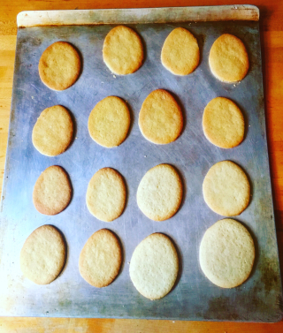 Betty Crocker Sugar cookies different sizes overbooked and underpaid