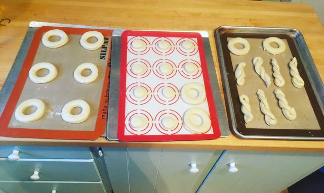 16 Vintage Betty Crocker Donuts rising Overbooked and Underpaid