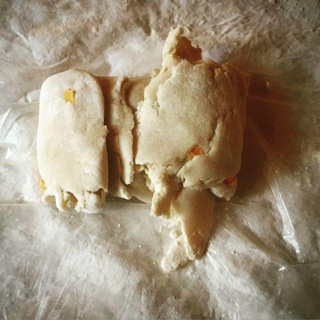 7 envelope cheesy crust